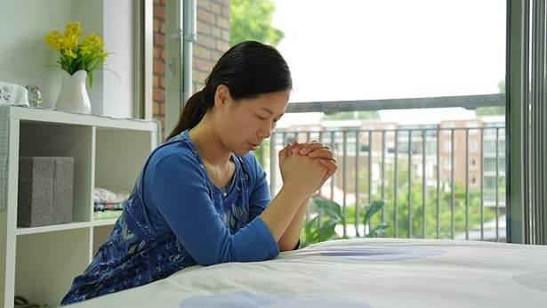 هل تعرف ما هي العناصر الرئيسية الأربعة للصلاة المسيحية؟